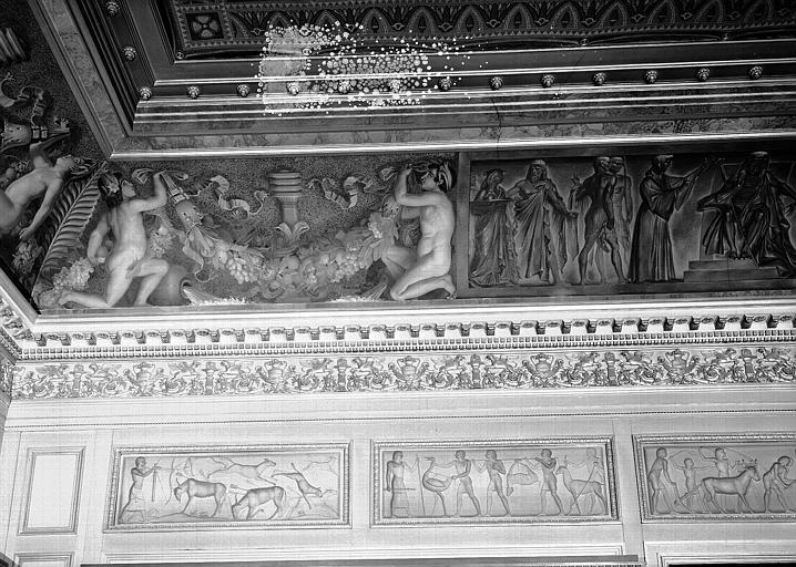Galerie Charles X, voussure à l'angle sud-est de la 3e salle (partie gauche)