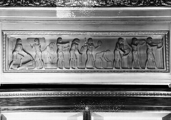 Galerie Charles X, grisailles sur le côté nord de la 3e salle  : Moisson en Egypte