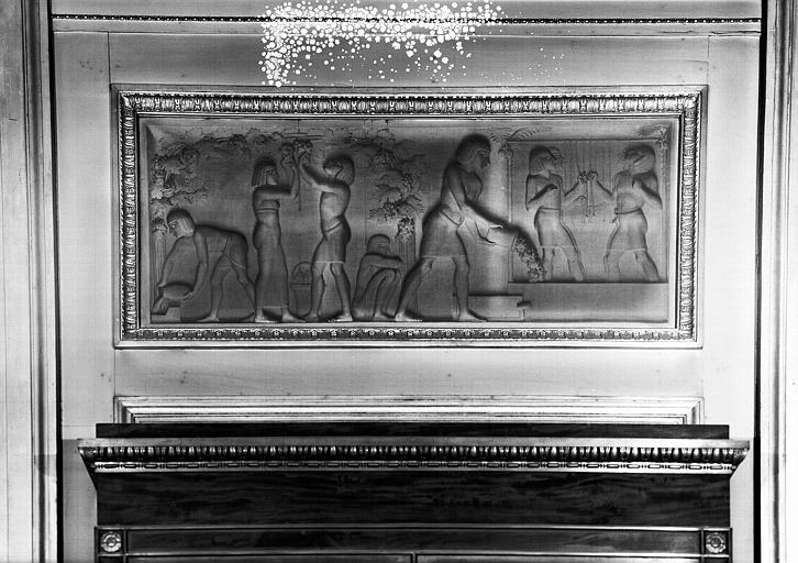 Galerie Charles X, grisailles sur le côté nord de la 3e salle  : Vendanges en Egypte