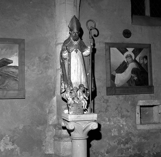 Statue en bois polychrome de saint Nicolas