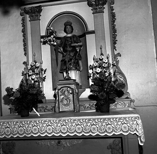 Statue en bois de saint Laurent