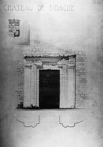 Dessin aquarellé en camaïeu gris : Porte du pavillon nord-est