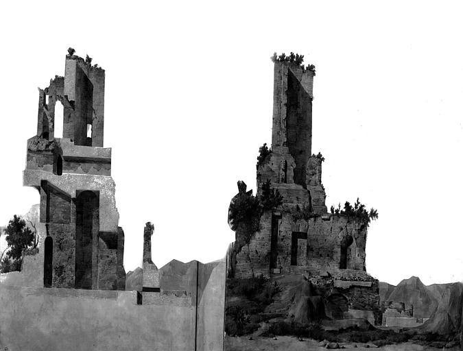 Restauration du château d'eau : Coupe et élévation de l'état actuel de la façade latérale (gouache)