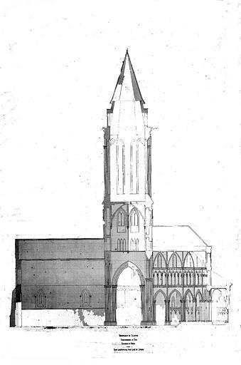 Coupe longitudinale dans l'axe de l'église (plume et lavis)