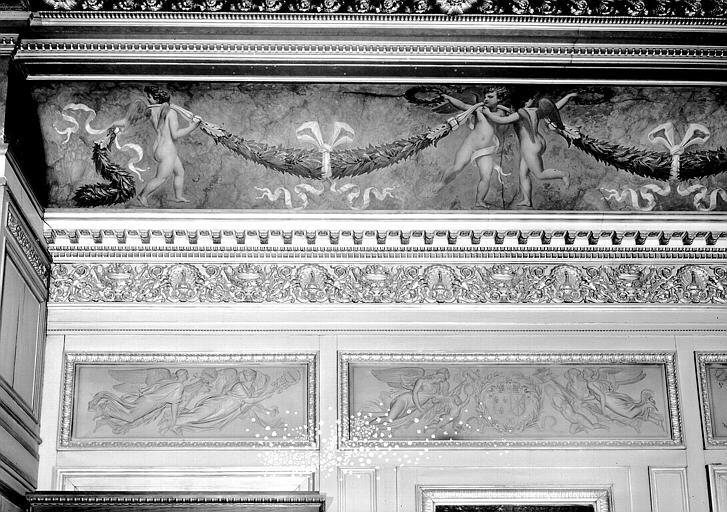 Galerie Charles X, voussure côté sud de la 1e salle (grisailles) : Partie gauche