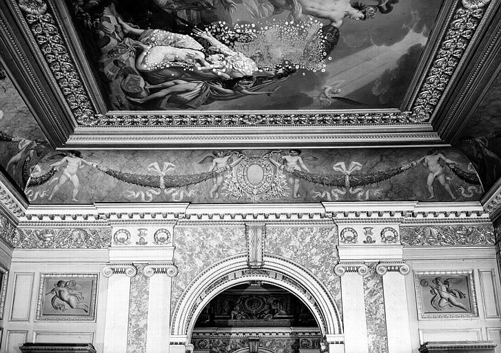 Galerie Charles X, voussure côté ouest de la 1e salle (grisailles)