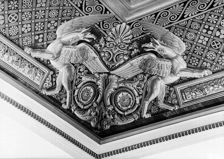 Salle Louis XVIII, angle de voussure