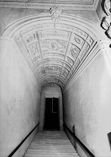 Escalier Henri II, volée du 1e étage au 2e étage