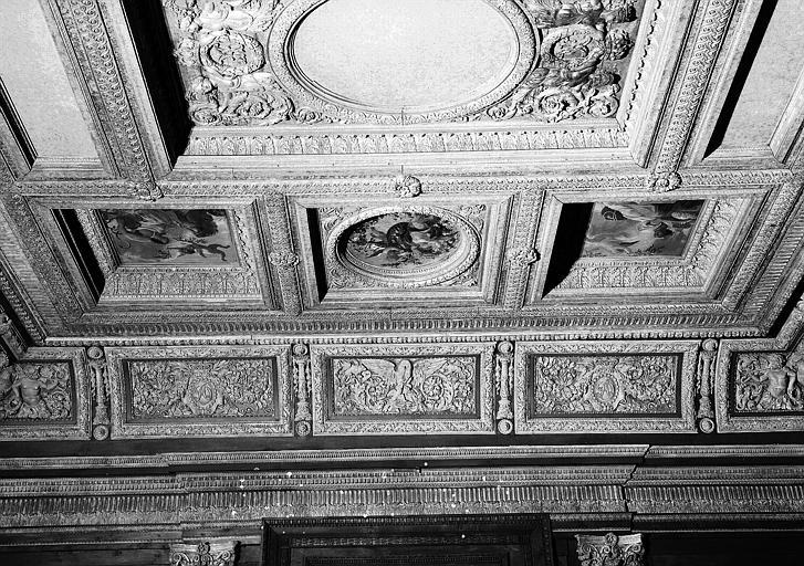 1e salle de la Colonnade : Vue d'ensemble de la moitié sud du plafond