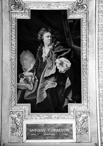 Galerie d'Apollon : Tapisserie représentant Antoine Coysevox, sculpteur (1640-1720)