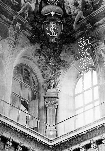 Voussure à l'angle sud-est du plafond : Buste de Gérard Audran
