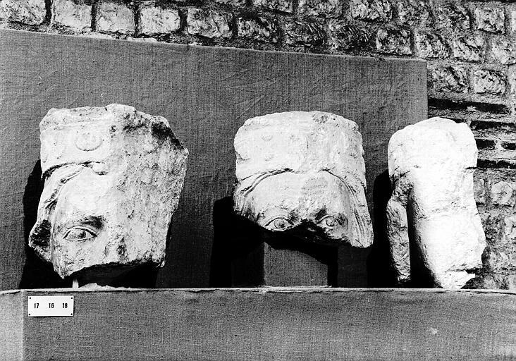 Têtes des Rois de Juda provenant de la galerie des Rois de Notre-Dame (fragments)