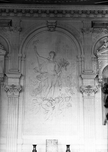 Cabinet des Dessins du pavillon de Flore, bas-relief de la salle de lecture (ancien escalier d'honneur) : Flore