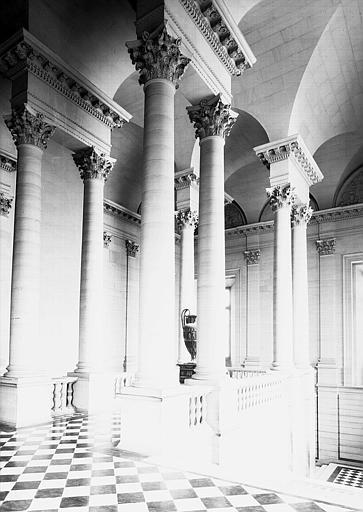 Escalier nord : Vue d'ensemble transversale