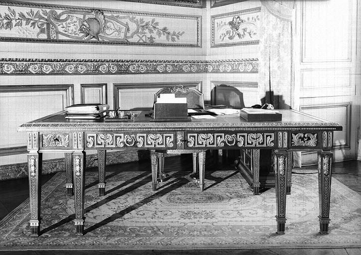 Bureau du salon des Maréchaux