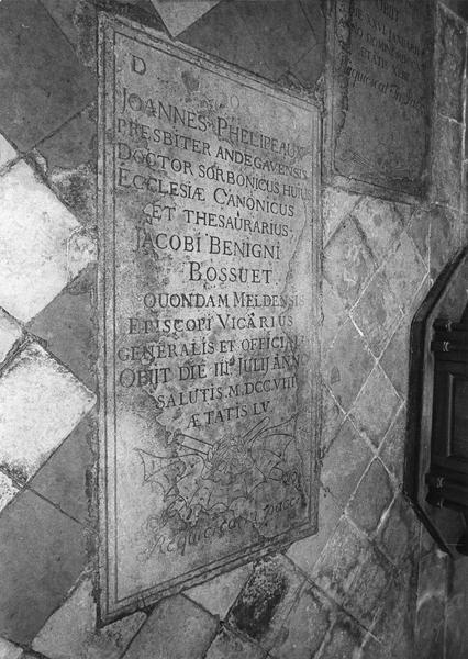 Dalle funéraire de Jean Phelipeaux