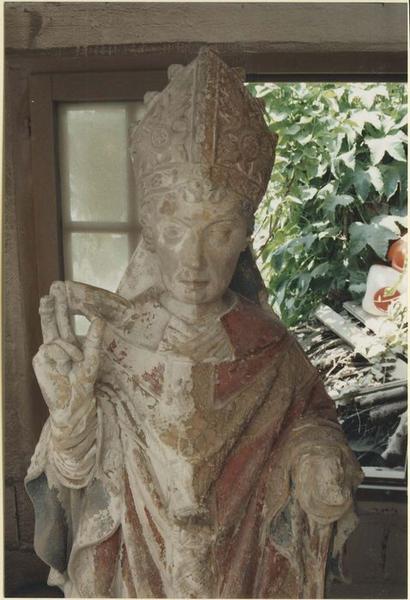 Statue : saint Eloi, vue partielle