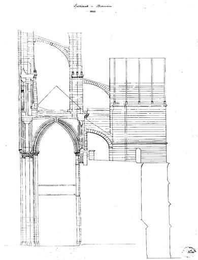 Coupe d'une travée (arc-boutant et contreforts)
