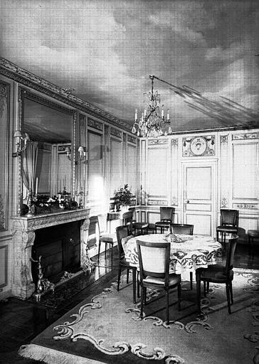 Petite salle à manger du 1e étage