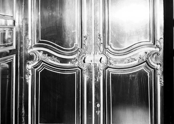 Salon Louis XV et Second Empire : Détail de la porte