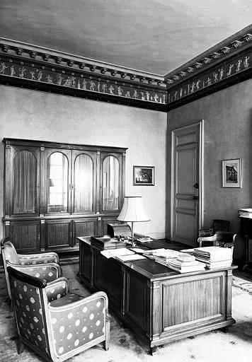 Salon Empire au 1e étage