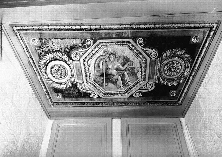 Chambre d'Esther, plafond peint de l'ébrasement de la fenêtre : La Justice