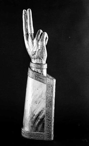Bras-reliquaire de saint Hippolyte (revers)