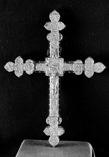 Croix en cuivre doré (revers)