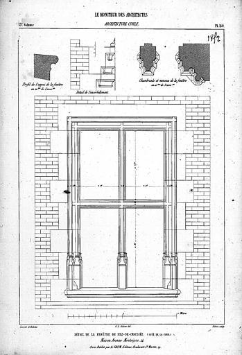Gravure : Détail de la fenêtre du rez-de-chaussée, côté cour