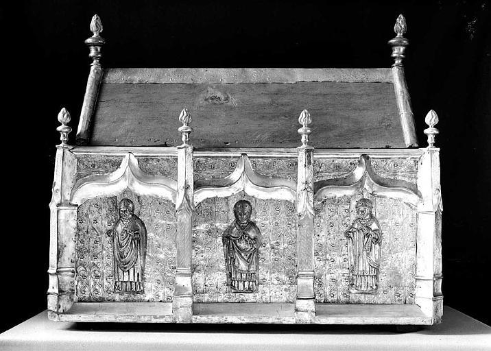 Châsse de saint Honorat en cuivre argenté sur âme de bois (revers)