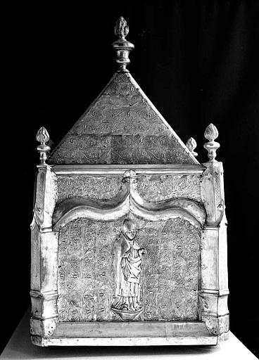 Châsse de saint Honorat en cuivre argenté sur âme de bois (pignon)