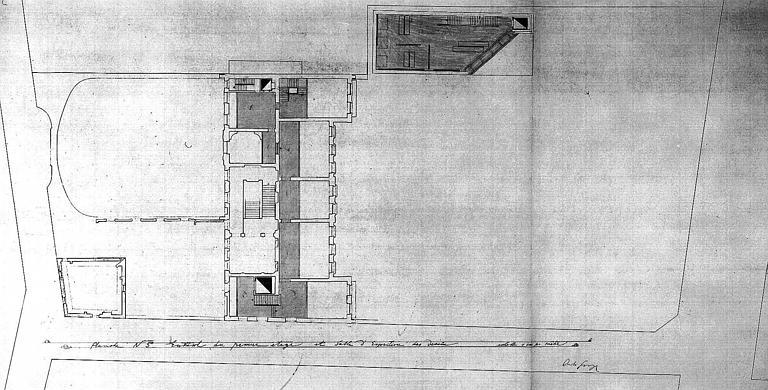 Projet d'aménagement du Musée Picasso (n° 11) : Plans de l'entresol du 1e étage et salle d'exposition des dessins