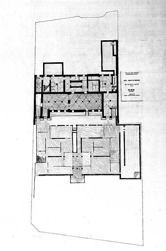 Projet d'aménagement du Musée Picasso (n° 18) : Plan du sous-sol, implantation, surfaces utiles
