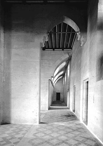 Bâtiment dit du Casernement : Galerie