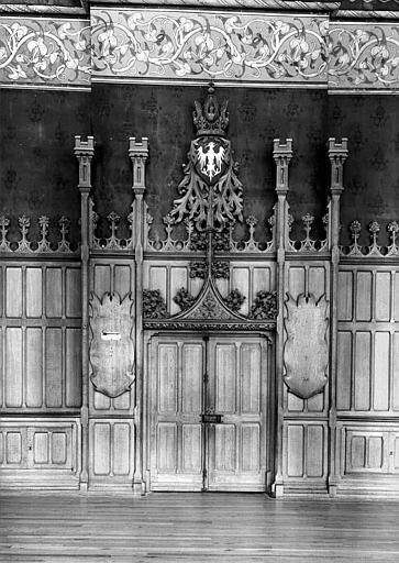 Salle des Preuses : Porte centrale