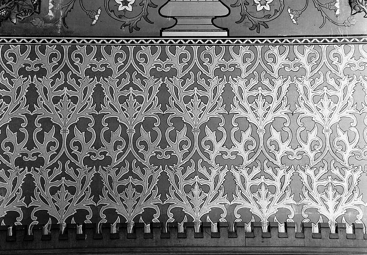 Tour César : Décor mural au-dessus du lambris, de la chambre du 2e étage