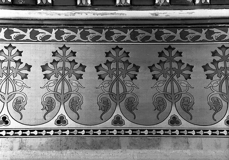 Tour César : Partie supérieure du décor mural