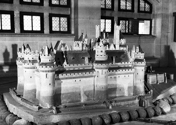 Maquette du château vue du nord-ouest