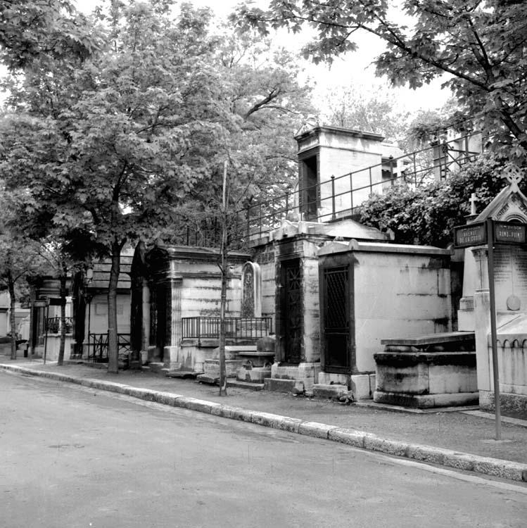 Avenue de la Croix, bord de la 19e division