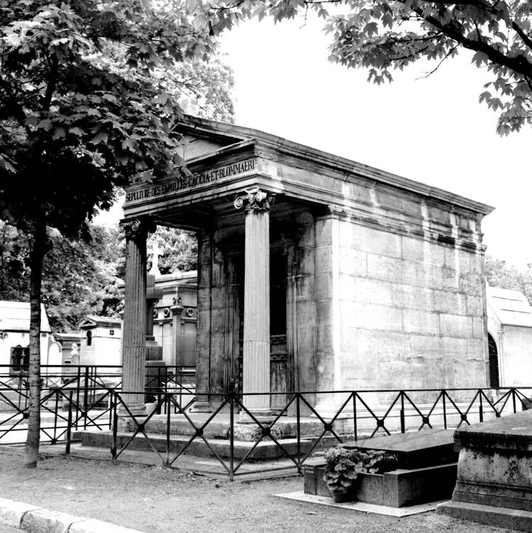 Ensemble de la sépulture des familles Caccia et Blommaert