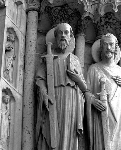 Portail du Jugement dernier (portail central de la façade ouest), ébrasement gauche : Saint Paul