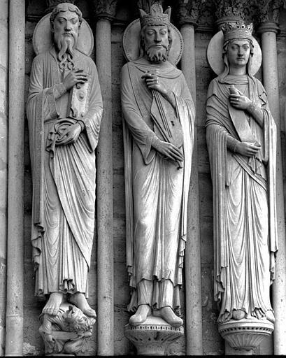 Portail Sainte-Anne (portail sud de la façade ouest), ébrasement gauche : Statues de saints, dont celle de David