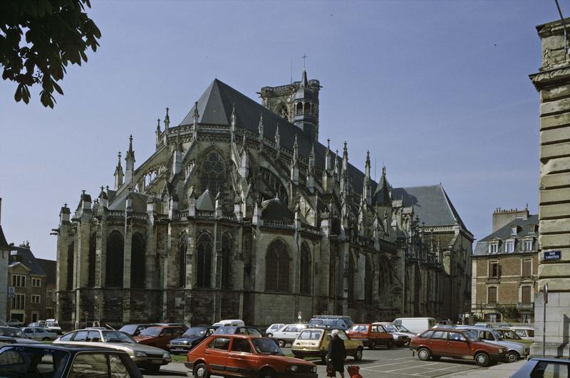 Cathédrale Saint-Cyr et Sainte-Julitte