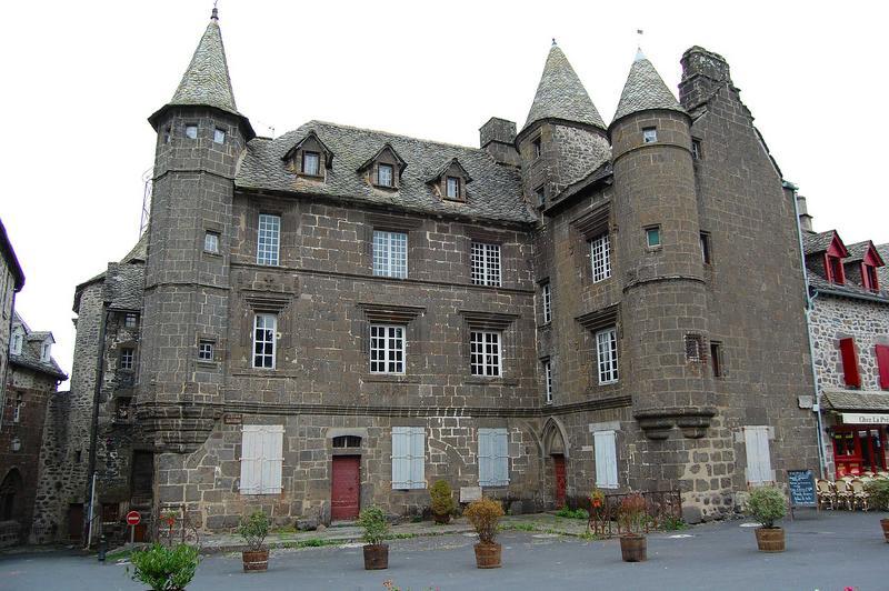 vue générale des façades  sud et ouest