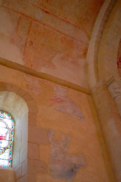 peintures monumentales du choeur : Christ en majesté, le martyre de saint Laurent (?), vue partielle