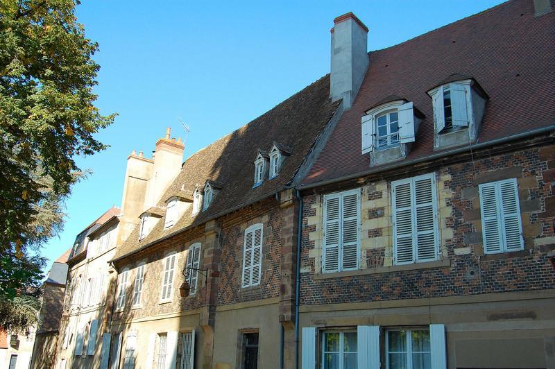 vue partielle des façades ouest