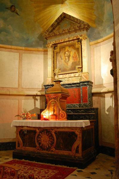 Autel (maître-autel), degré, tabernacle, retable et tableau : Transfiguration du Christ