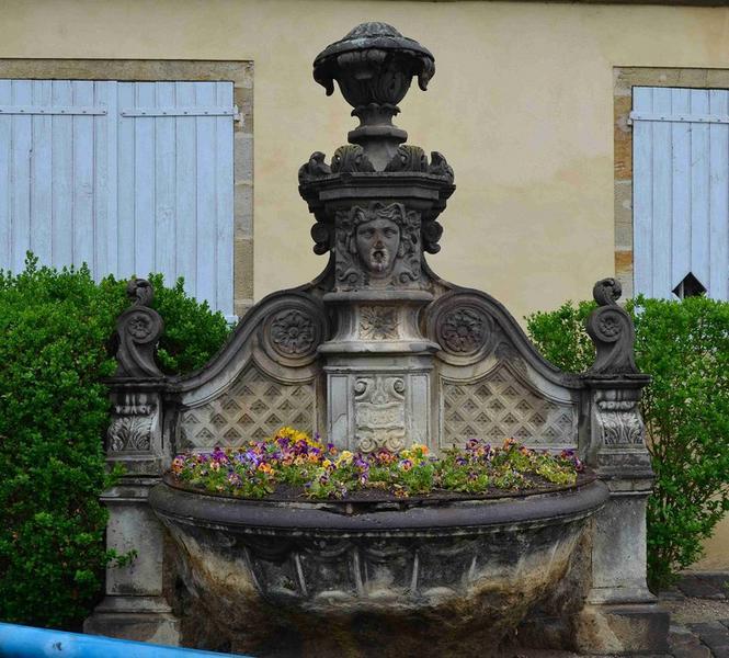 Fontaine de l'Eperon