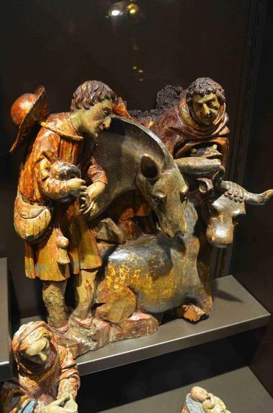 Crèche (10 personnages), vue générale d'un groupe composé de 2 bergers, de l'âne et du boeuf