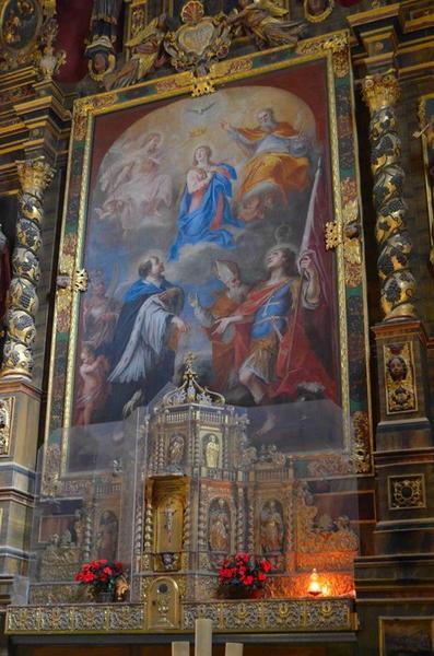 Autel, retable (maître-autel) ; tableau : Couronnement de la Vierge (le), vue générale